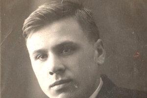 Učiteľ histórie Michal Pavlovič Golubev zomrel 8. januára 1945 v levickej nemocnici, keď mal jeho syn Slava len tri roky.
