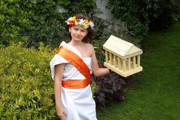 Piatačka Žofka Pavlovičová v antickom odeve