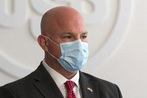 Prezident U.S. Steel James Bruno verí, že vláda predĺži kurzarbeit do júna.