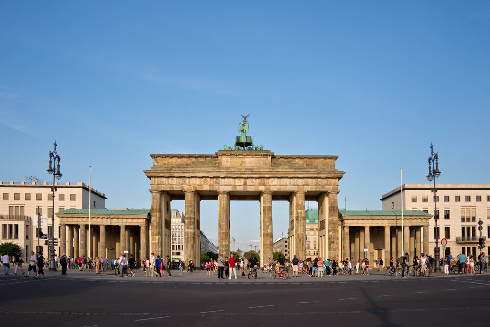 Brandenburská brána v Berlíne pred vypuknutím epidémie.
