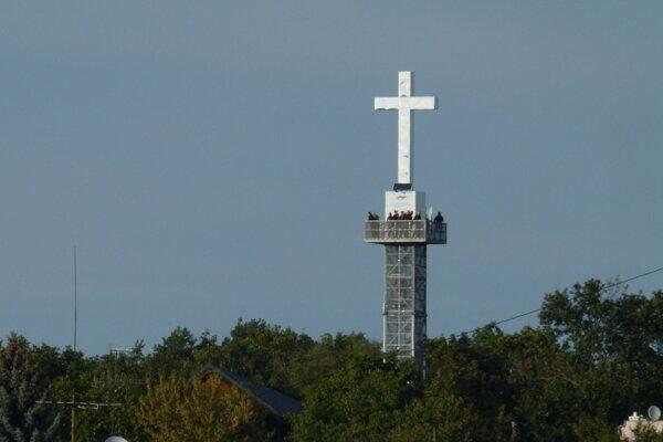 Vyhliadková veža na levickej Kalvárii.