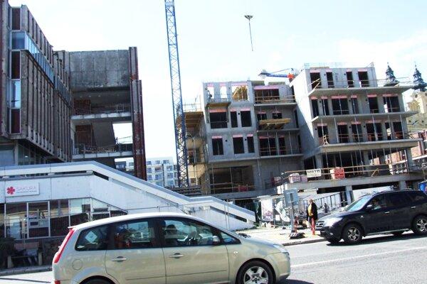Nový Orbis stavajú v susedstve bývalého Tesca.
