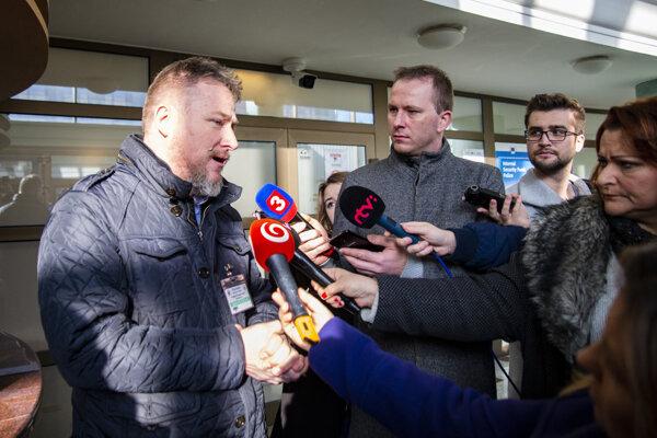 Farmár František Oravec má dlhodobé spory s Esin Group.