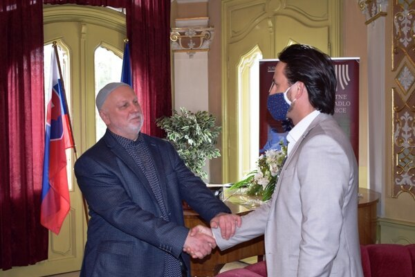 Nový generálny riaditeľ ŠDKE Ondrej Šoth a poverený šéf baletu Peter Dedinský.
