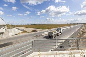 Stavba rýchlostnej cesty R7 v Šamoríne 19. septembra 2019.