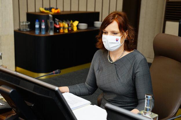 Podpredsedníčka vlády a ministerka pre investície a informatizáciu Veronika Remišová počas rokovania 23. schôdze vlády SR.