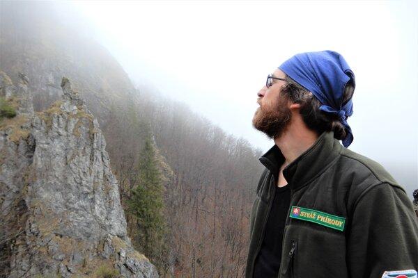 Juraj Žiačik už viac ako dva roky robí dobrovoľného strážcu prírody Vo Veľkej Fatre.