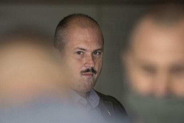 Marian Kotleba na súde v Pezinku.