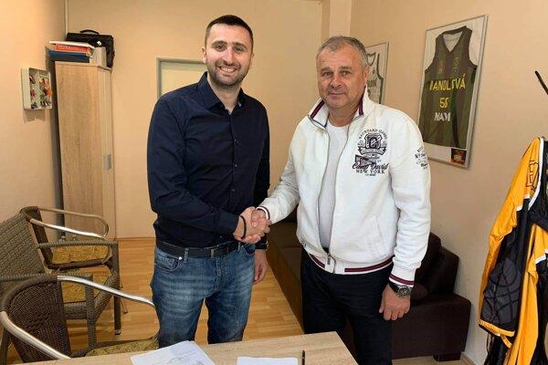 Tridsaťštyriročný Danilo Rakočevič podpísal s baníkmi zmluvu na jeden rok.