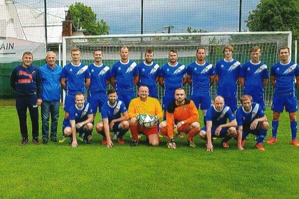 Mužstvo FK Kolárovice sa v sezóne 2020/2021 prestaví v III. triede ObFZ Žilina.