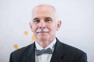 Fyzik Peter Skyba získal ocenenie Vedec roka 2019 za svoju prácu v oblasti fyziky veľmi nízkych teplôt a jej rozvoj na Slovensku.