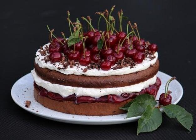 Schwarzwaldská višňová torta