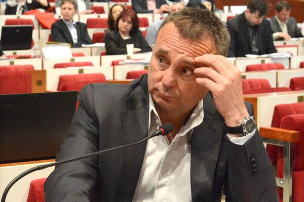 Igor Sidor odmietal, že by mal s Antoninom Vadalom bližší podnikateľský a politický vzťah.