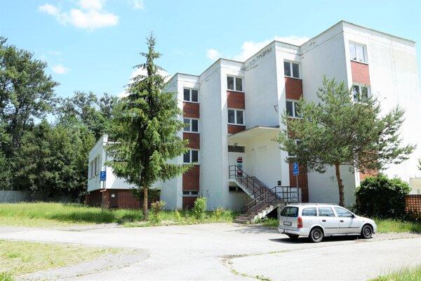 Budova bývalého Posádkového klubu armády bude  po zrenovovaní patriť deťom.