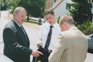 Martončík (vľavo), Mintál (v strede) a Hammer v deň jeho svadby s Martončíkovou dcérou Karin.