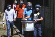 Macedónsko momentálne eviduje 5000 ľudí v domácej karanténe - na voľby sa zaregistrovalo zhruba 700 z nich.