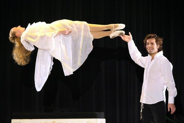Jan Rouven vystupoval päť rokov ako iluzionista v Las Vegas.