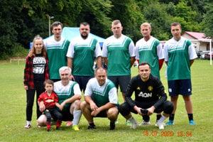 Víťazné mužstvo FC Zobor.