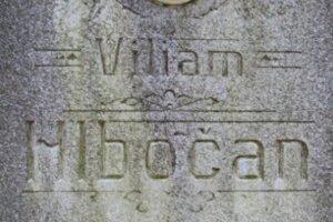 Hrob pilota lietadla Viliama Hlbočana sa nachádza v Trenčíne