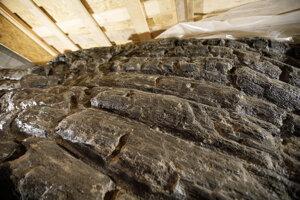 Objavená drevozemná konštrukcia valu z 11. storočia v priestore plánovanej strojovne na Severných hradbách