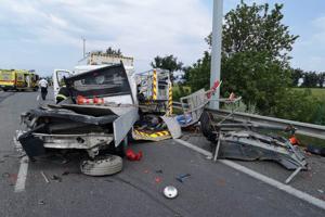 Dopravná nehoda na D2.
