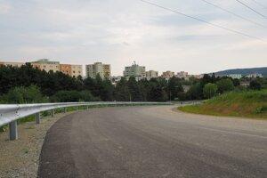 Prístupová cesta k tunelu Bikoš na Sídlisku III.