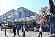 Časť oddelenia internej kliniky je v domácej karanténe.