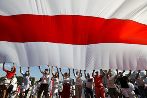 Bieloruskí podporovatelia opozície počas