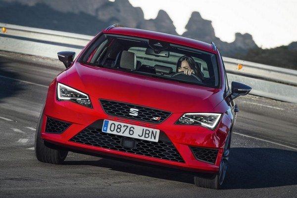 Seat Leon Cupra ST ponúka veľmi dobrý pomer úžitku a zábavy na okruhu.