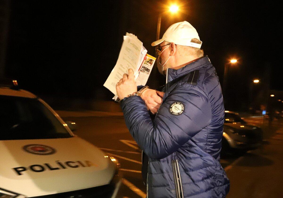 Obvinený v kauze Dobytkár vydal polícii dobrovoľne státisíce eur - SME