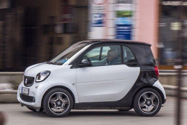 Aby tretia generácia unikátneho mestského auta splnila svoje poslanie, má mať turbo a automatickú prevodovku.