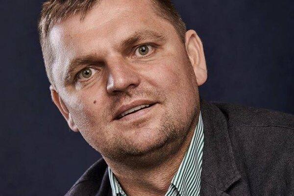 Fotografia Jozefa Chovanca z roku 2016, keď kandidoval za starostu Terchovej.