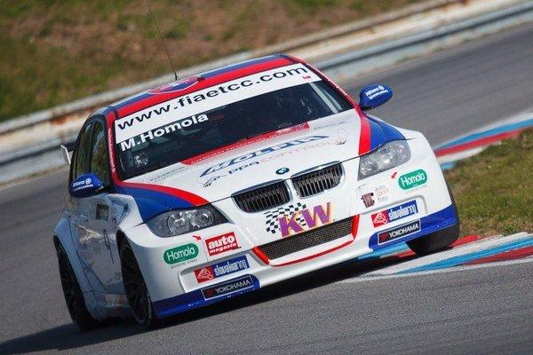 Len 19-ročný Matej Homola má za sebou úspešnú sezónu a druhé  miesto medzi okruhovými pretekármi Európy.