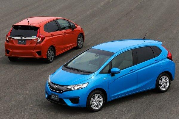 Základnú verziu modelu Jazz/Fit predstavila Honda len nedávno.