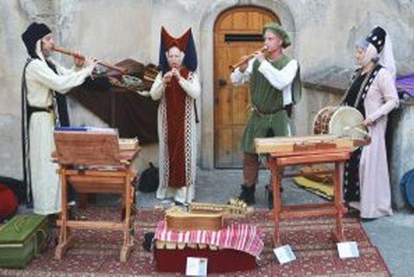 Musicantica Slovaca na Nitrianskom hrade počas tohtoročných Cyrilo-metodských osláv.