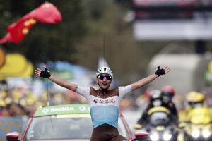 Víťaz ôsmej etapy Tour Nans Peters.