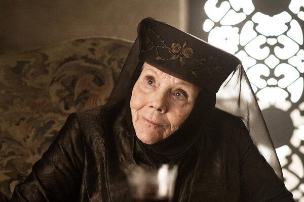 Diana Rigg ako Olenna Tyrell.
