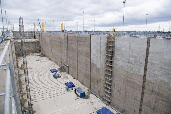 Modernizácia plavebných komôr Vodného diela Gabčíkovo 12. mája 2020.
