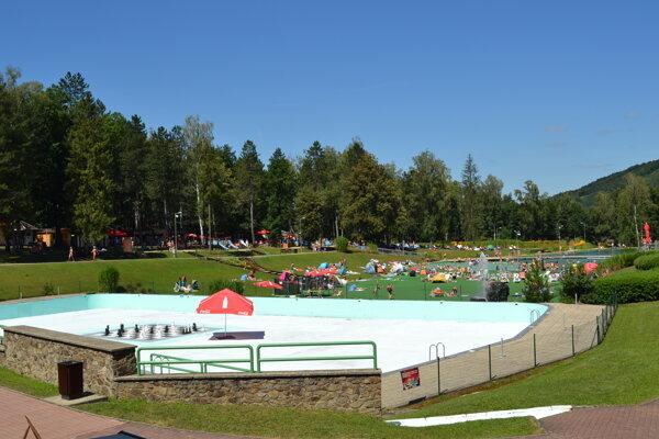 Rekreačná oblasť Sninské rybníky je obľúbená a hojne navštevovaná.