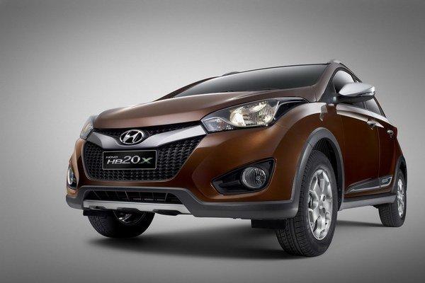 Malý crossover na báze Hyundai ix20 by mohol mať úspech aj v našich končinách.