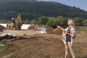 S. Hanzlovičová hovorí o začatí výučby v októbri.