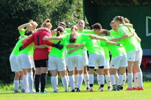 Dievčatá Oravského Podzámku odohrali dobrý zápas v Michalovciach.
