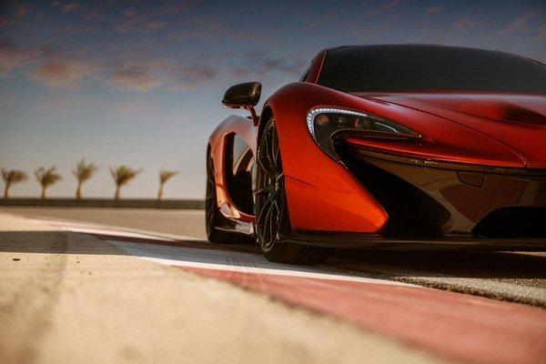 McLaren by chcel opäť prepísať históriu tak, ako sa mu to už raz podarilo modelom McLaren F1.