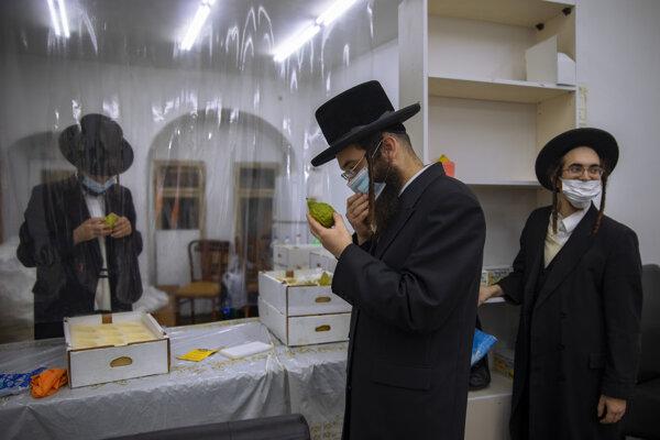 Viac ako štvrtina testovaných ultraortodoxných Izraelčanov sa nakazila