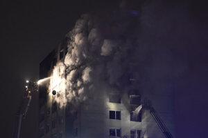 Víťazom v kategórii Aktualita sa stal fotograf František Iván. Na víťaznej snímke zachytil prácu záchranárskych zložiek pri minuloročnom výbuchu v bytovom dome na Mukačevskej ulici v Prešove.