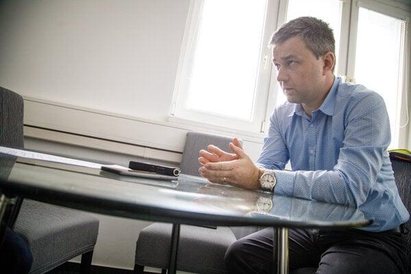 Predseda Maďarskej komunitnej spolupatričnosti (MKÖ-MKS) Szabolcs Mózes.