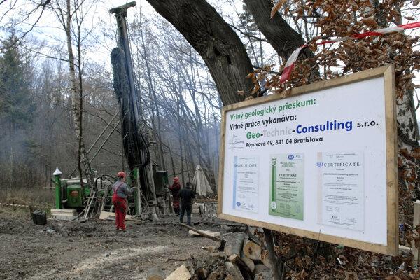 Kým Európska komisia hovorí o kobalte pri Košiciach, ministerstvo tu eviduje len ložisko uránu.