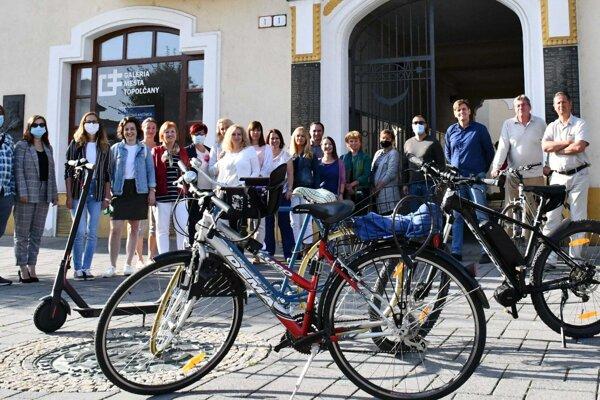 Do kampane sa zapojili aj zamestnanci Mestského úradu v Topoľčanoch.
