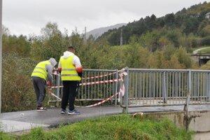 Most pre peších cez Hornád uzatvorili kvôli bezpečnosti.