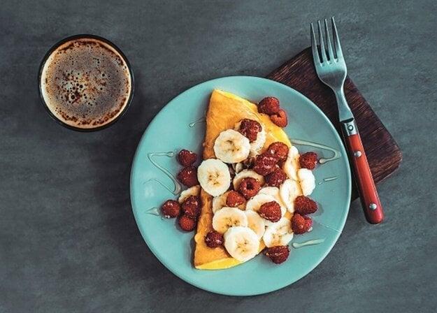 Sladká raňajková omeleta.